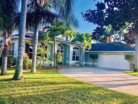 Photo Of 5957 Arlington Cir, Melbourne, FL 32940. House For Sale