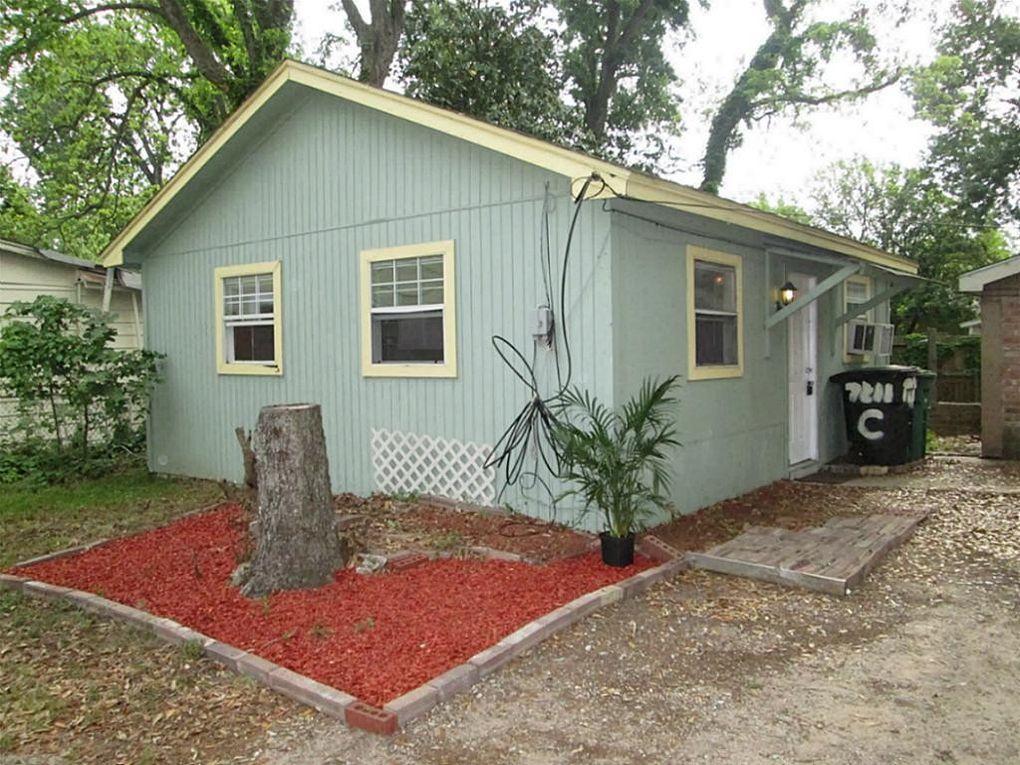 7211 Roswell St Unit C Houston, TX 77022