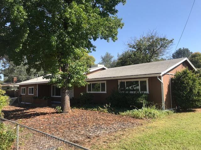 1487 Oakdale Ln, Redding, CA 96002