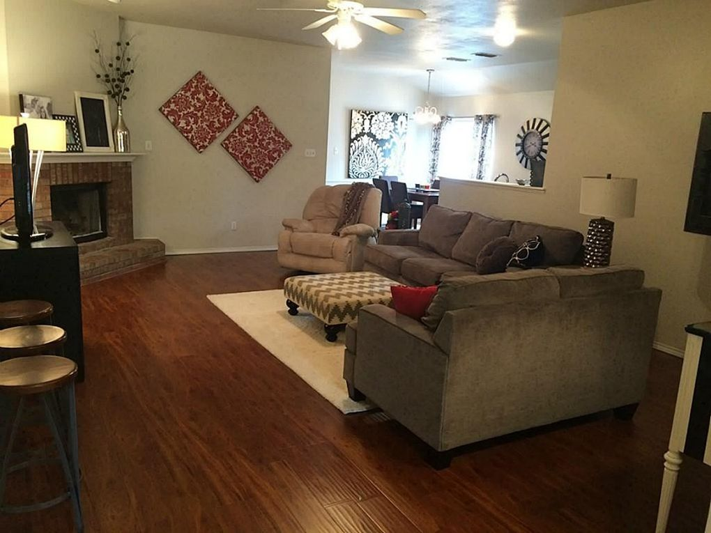 6721 86th st lubbock tx 79424 for Living room 86th st