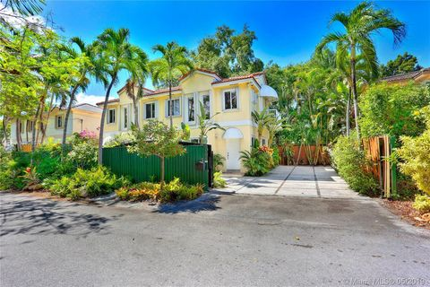 Photo of 3104 Jackson Ave Unit B, Miami, FL 33133