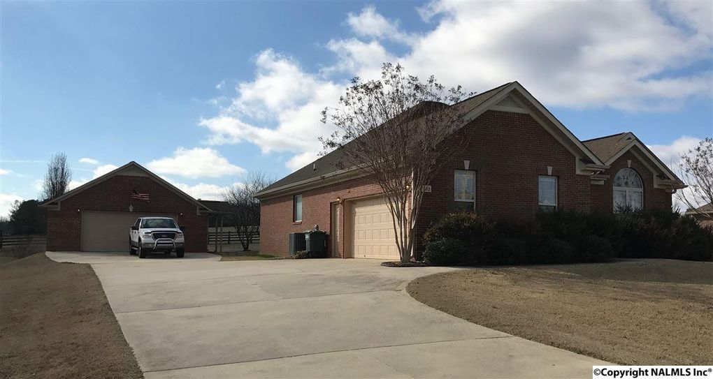 102 Taylor Bnd, Huntsville, AL 35811