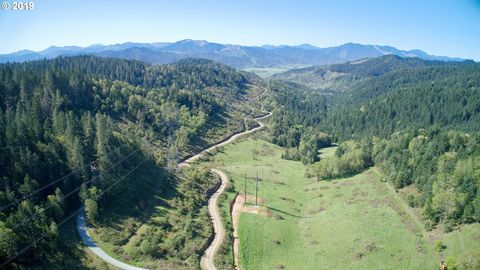 Photo of Days Creek Cutoff Rd, Canyonville, OR 97417