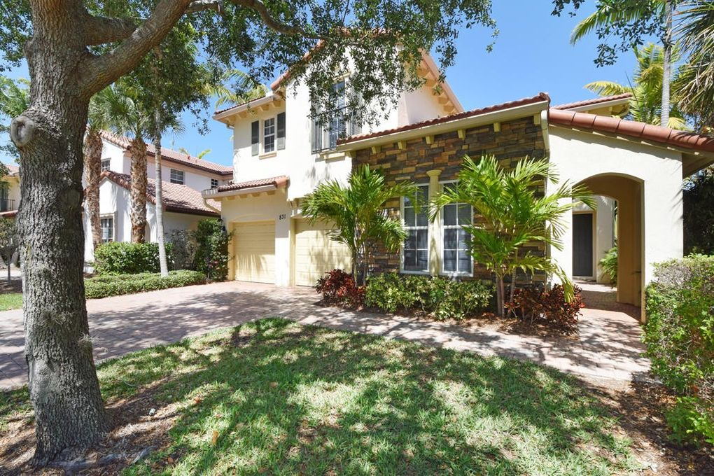 831 Madison Ct, Palm Beach Gardens, FL 33410 - realtor.com®