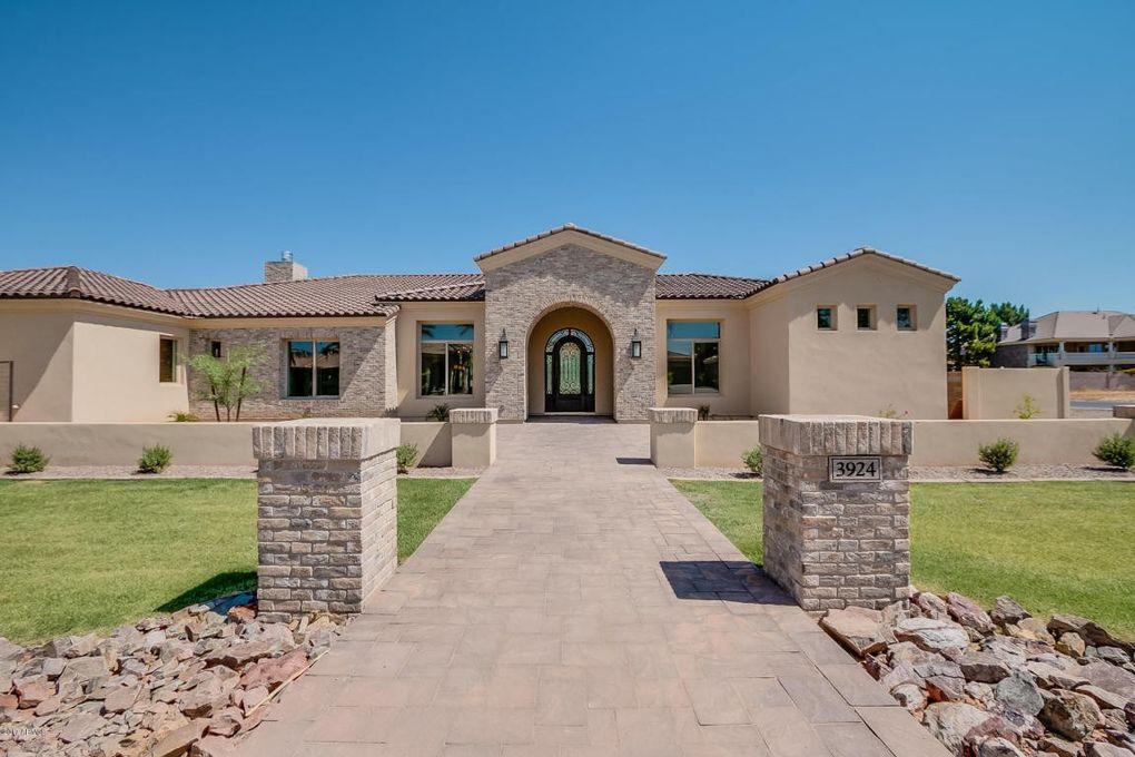 3924 E Norcroft Cir, Mesa, AZ 85215