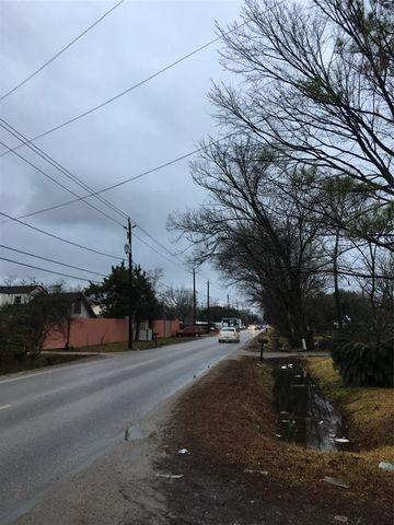 Photo of 633 Gulf Bank Rd, Houston, TX 77037
