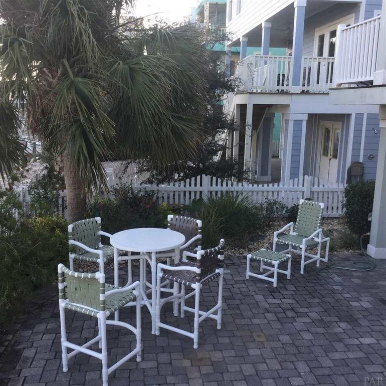 Pensacola Beach House For Sale: 1038 Fort Pickens Rd, Pensacola Beach, FL 32561