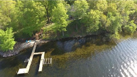 3215 Eagle Bluff Rd, Minnetrista, MN 55364