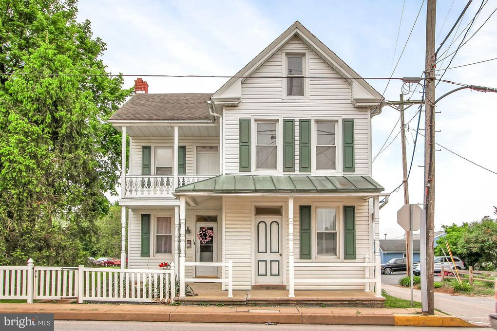 14 W Canal St, Dover, PA 17315