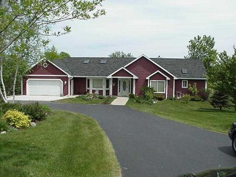 Photo of 4878 N Sinissippi Point Rd, Juneau, WI 53039