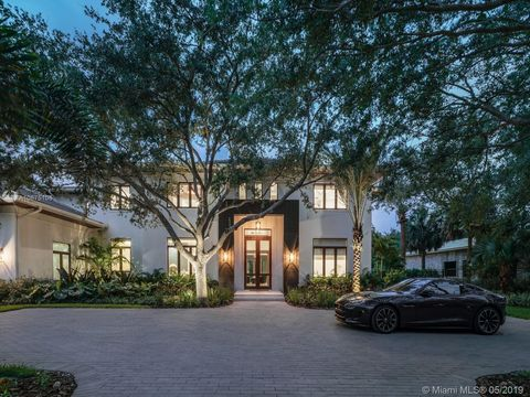 Photo of 10150 Sw 61st Ave, Pinecrest, FL 33156
