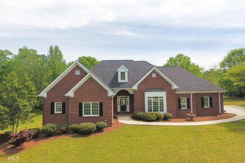 Photo of 25 Reserve Dr, Covington, GA 30014