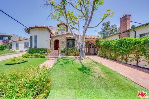 Photo of 10513 Northvale Rd, Los Angeles, CA 90064