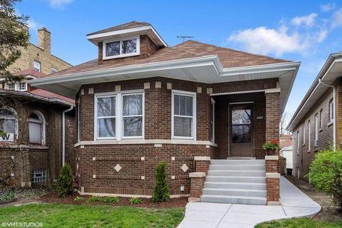 6035 N Talman Ave, Chicago, IL 60659
