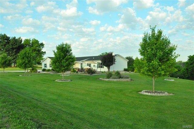 8731 S Prairie Rd Evansville, IL 62242