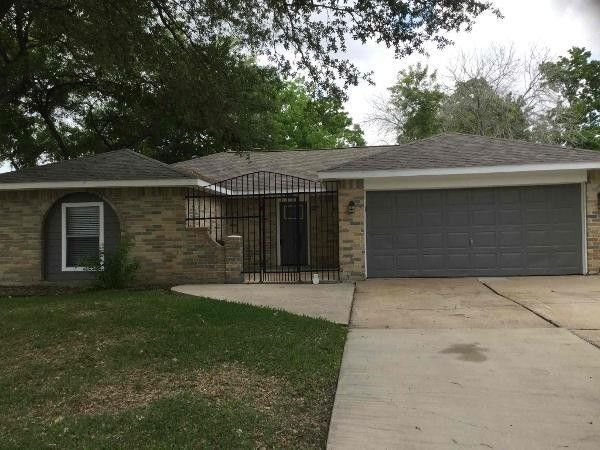 2630 Willow Dr, Stafford, TX 77477