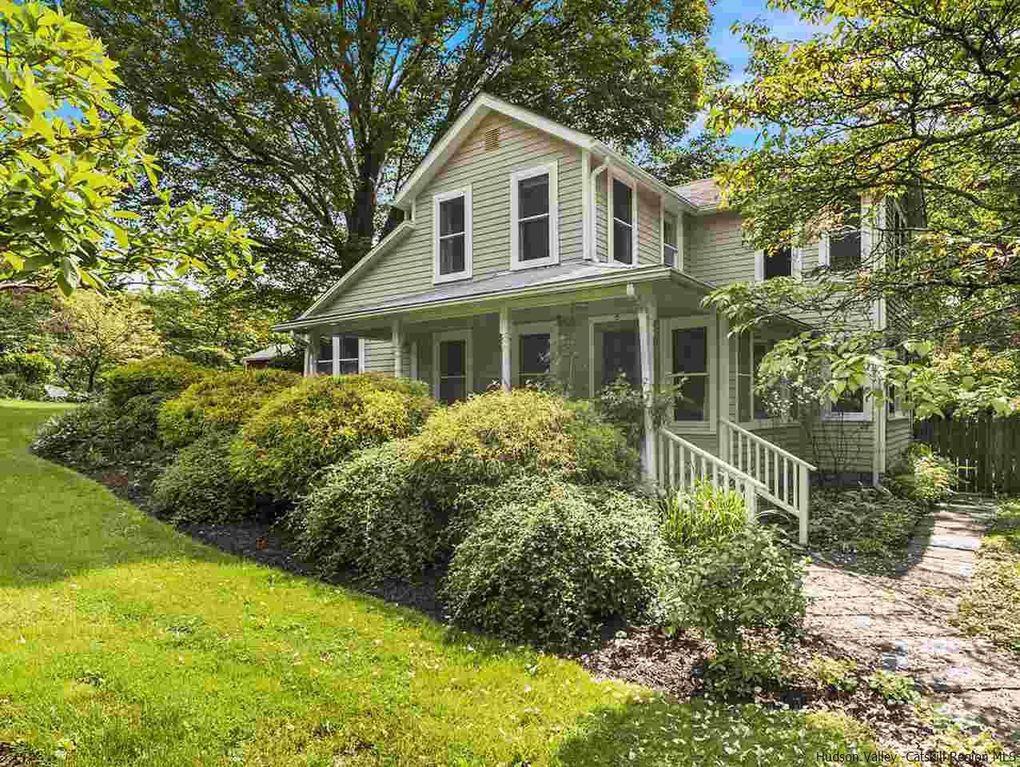 326 Ralph Vedder Rd, Saugerties, NY 12477