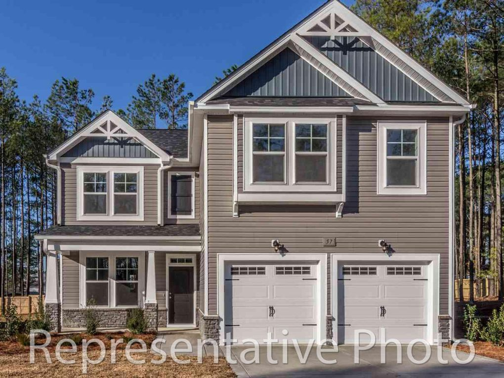 205 Parrish Ln, Whispering Pines, NC 28327