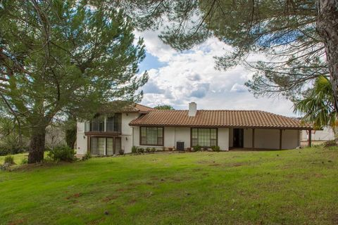 Photo of 5785 Dolomite Dr, El Dorado, CA 95623