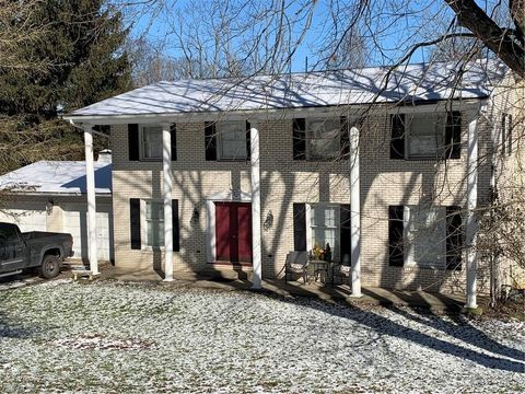 Photo of 47680 Morningside Dr, Saint Clairsville, OH 43950