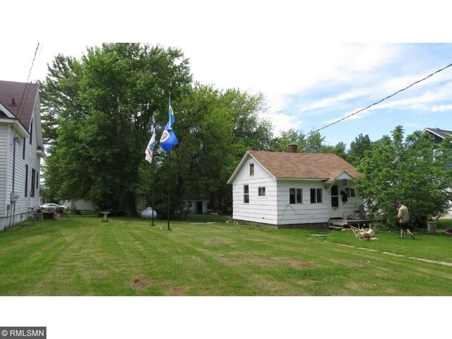 meet askov singles Small town living on large 7 acre corner lot in town well built 3 bedroom/1 bathroom home f.