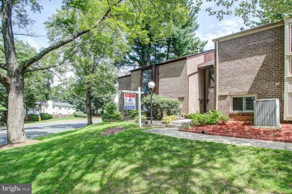 18815 Walkers Choice Rd Montgomery Village, MD 20886