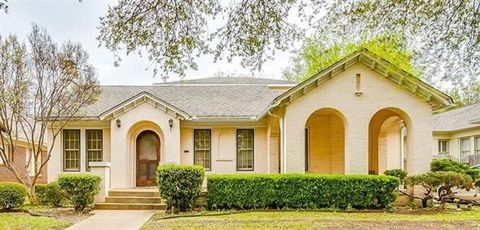 Photo of 2609 Greene Ave, Fort Worth, TX 76109