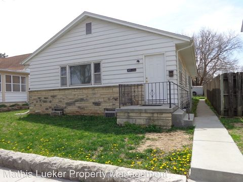 Photo of 321 W 5th St Apt A, Junction City, KS 66441