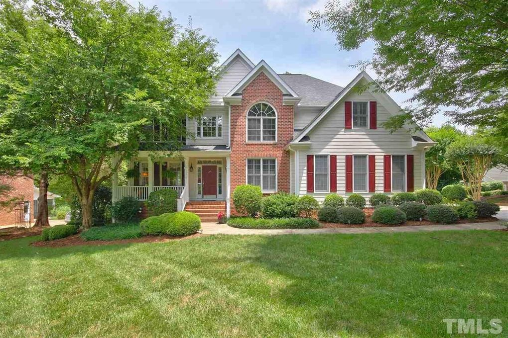 200 Lake Manor Rd, Chapel Hill, NC 27516