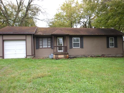 Photo of 505 W Mill St, Ash Grove, MO 65604