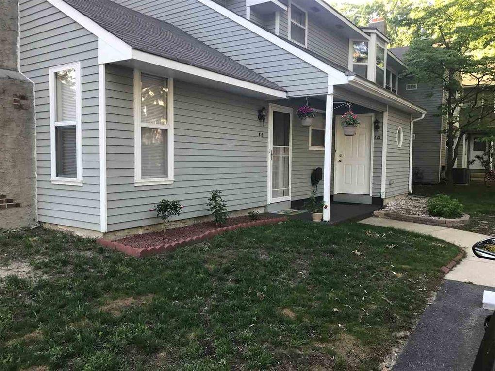 819 E Fishers Creek Rd Smithville, NJ 08205