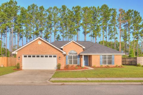 366 Manchester Ct, Midway, GA 31320