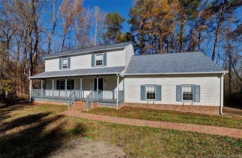 7569 Gloucester Village Dr, Gloucester, VA 23061