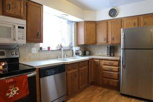 4097 Mardon Pl, Delhi Township, OH 45205 - Kitchen