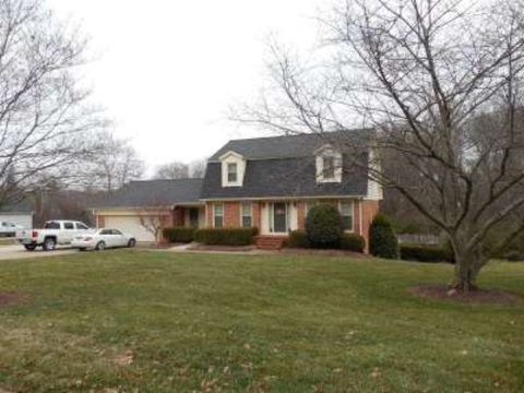 Photo of 1404 Merrimont Ave, Kings Mountain, NC 28086