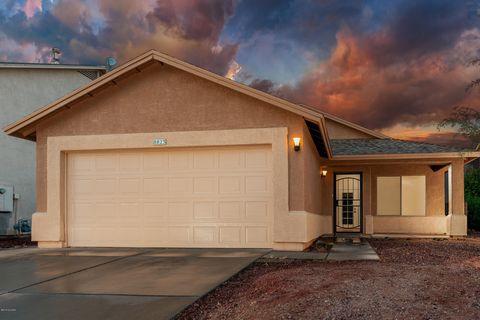 8823 E Lions Spring Pl, Tucson, AZ 85747