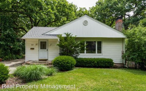 Photo of 21 Sw 42nd St, Des Moines, IA 50312