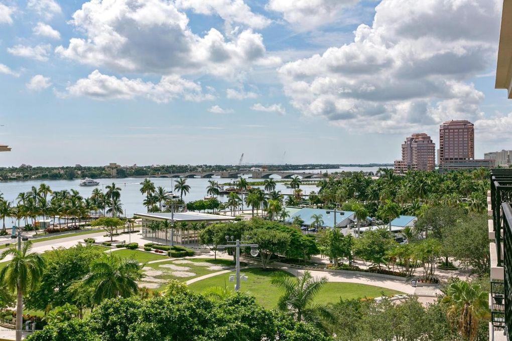Clematis St West Palm Beach Florida
