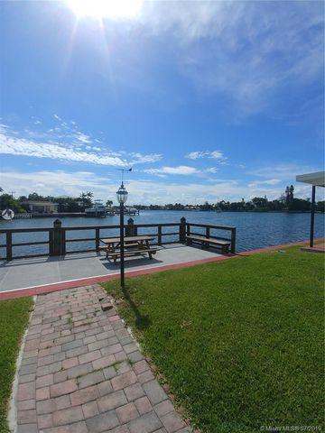 Photo of 8540 Byron Ave Apt 1 C, Miami Beach, FL 33141