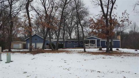 Photo of 1150 Fawn Ave, Grand Marsh, WI 53936