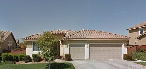 1279 Larkspur Ln, Beaumont, CA 92223