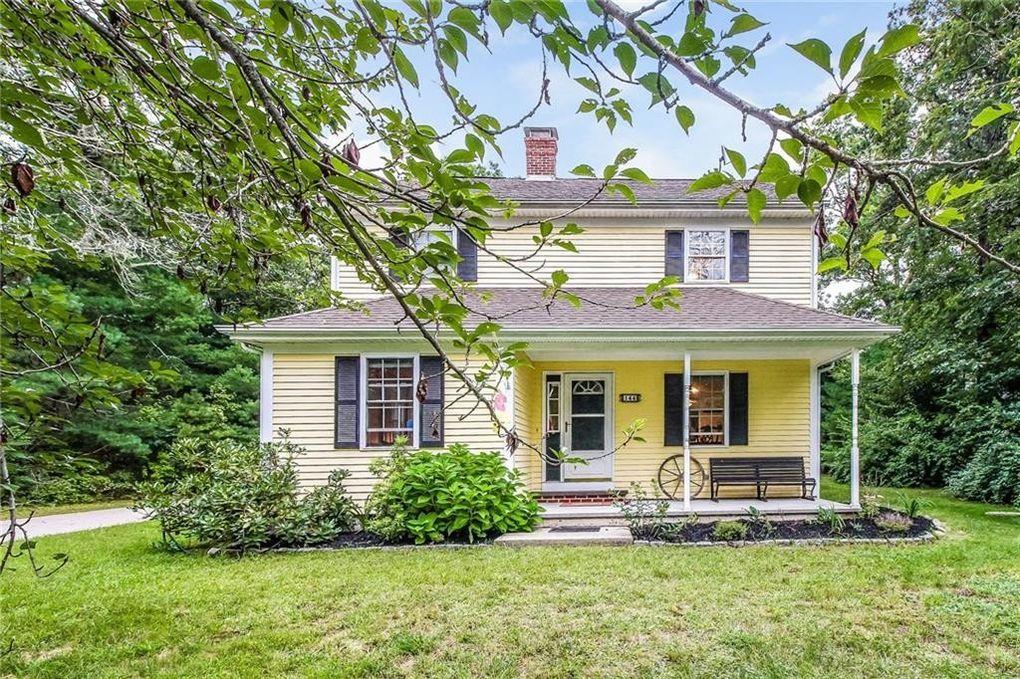 144 Richmond Townhouse Rd, Richmond, RI 02812