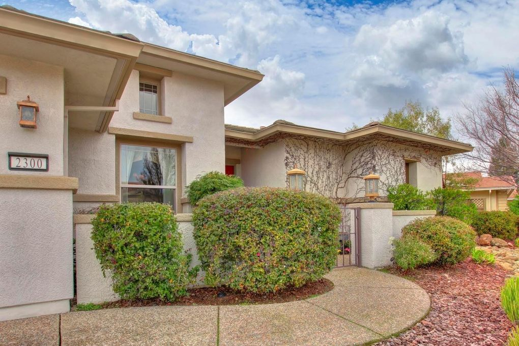 2300 Sutter View Ln, Lincoln, CA 95648