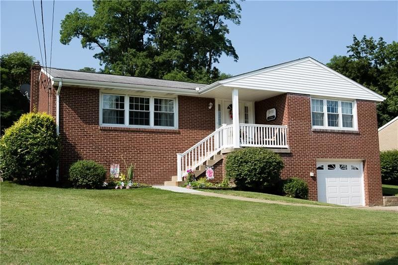 224 N Vireo Dr, Kennedy Township, PA 15136