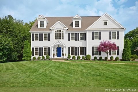 23 Selleck Pl, New Canaan, CT 06840