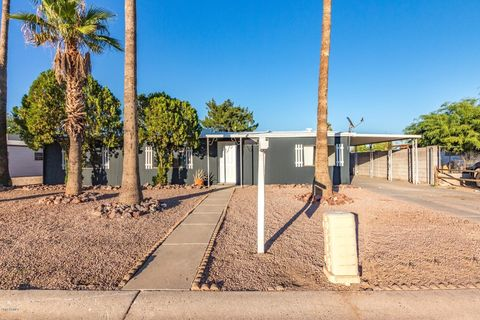 Phoenix, AZ Mobile & Manufactured Homes for Sale - realtor.com® on remodeled homes in phoenix, homes with land in phoenix, homes with pools in phoenix, luxury homes in phoenix, green homes in phoenix, historic homes in phoenix, rent homes in phoenix, family homes in phoenix,