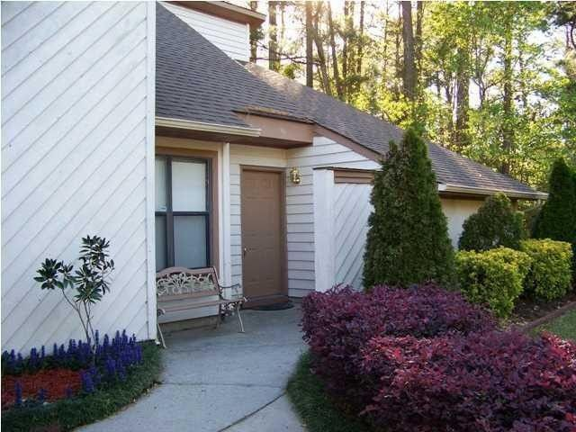8399 Longridge Rd, North Charleston, SC 29418