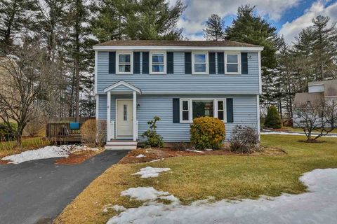 Photo of 22 Jamaica Ln, Nashua, NH 03063