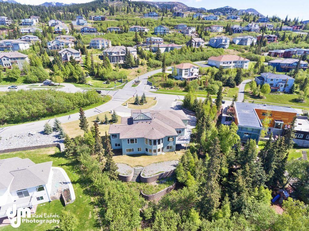 16550 Luna St, Anchorage, AK 99516