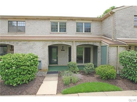 2967 Aronimink Pl, Lower Macungie Township, PA 18062